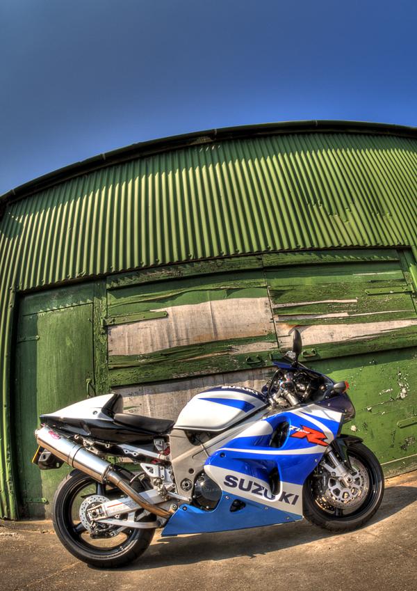 Suzuki TZR1000...is the Name