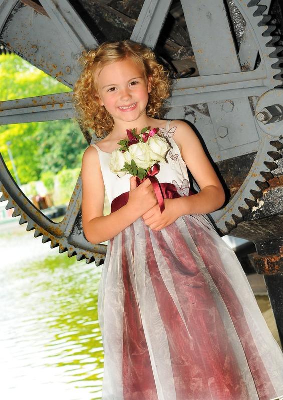 Bridesmaid & Gearwheel